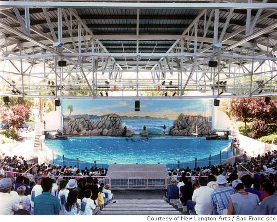 """""""Dolphin Pool, Marine World, Vallejo, California"""" (1999) C-print by Doug Hall. Photo: Courtesy of New Langton Arts, San Francisco Photo: Courtesy Of New Langton Arts, Sa"""