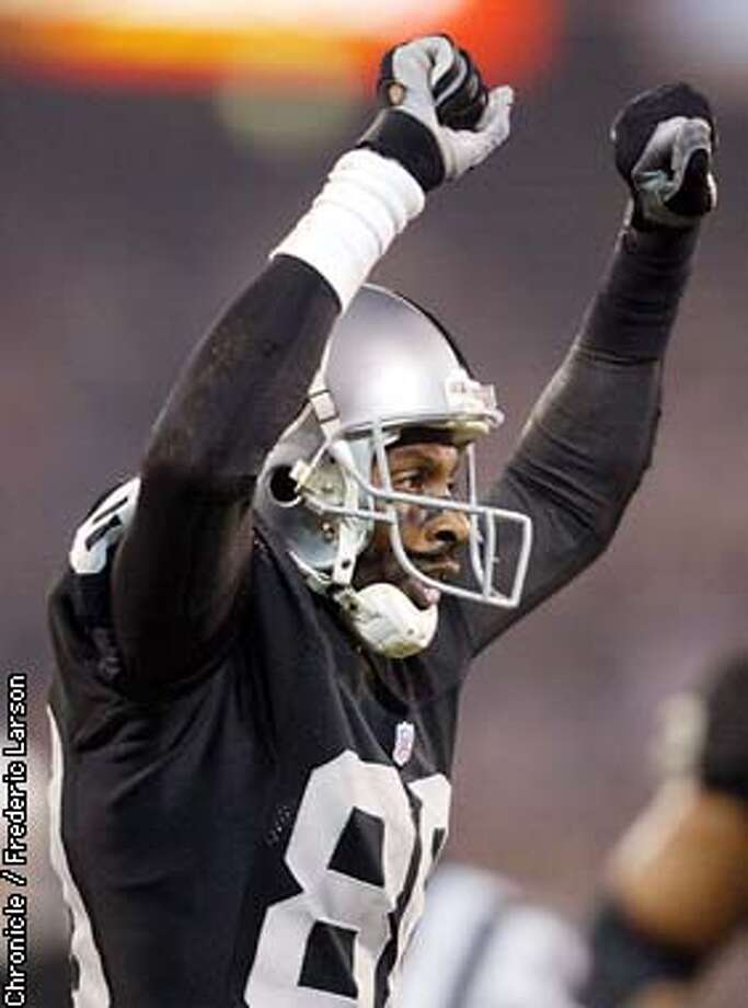 Jerry Rice had 190 yards and became the oldest player to score a touchdown in post season play. The Oakland Raiders take on the New York Jets on Saturday, January 12, 2002 at Network Associates Coliseum. Frederic Larson/The Chronicle Photo: Frederic Larson