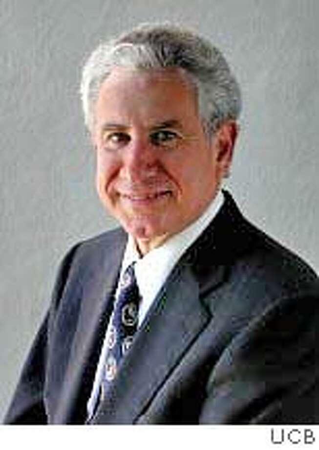 Richard Gilbert, Economics professor UC Berkeley. Photo from the UC Berkeley website Business#Business#Chronicle#10/27/2004#ALL#5star##0422434051