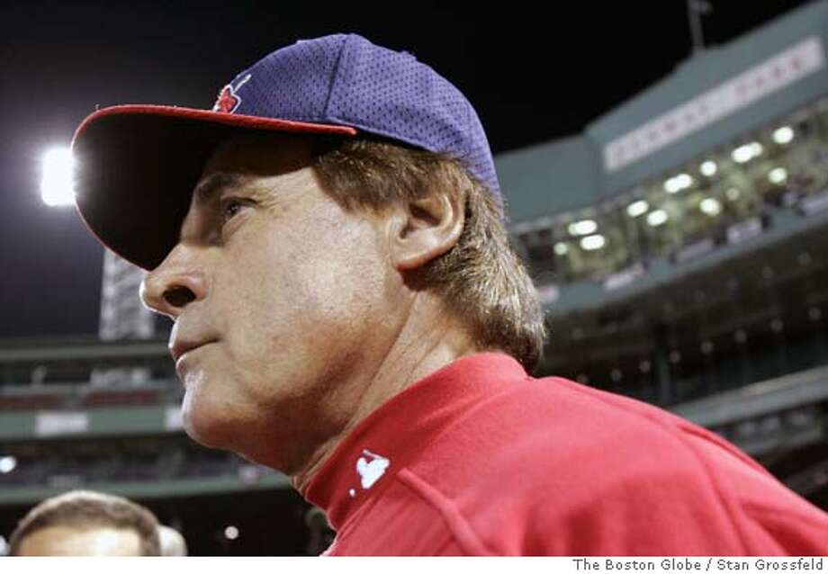 (NYT42) BOSTON -- Oct. 22, 2004 -- BBO-WORLD-SERIES-5 -- Tony LaRussa, manager of the St. Louis Cardinals answering reporters questions at Fenway Park in Boston, Friday, Oct. 22, 2004, as the Cardinals warmed up for Saturday's Game 1 of the World Series against the Red Sox. (Stan Grossfeld/The Boston Globe) XNYZ Sports#Sports#Chronicle#10/23/2004#ALL#5star##0422427369 Photo: STAN GROSSFELD