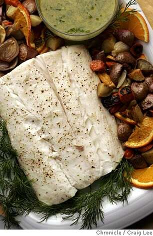 Citrusy halibut warms up to kosher rieslings moscatos for What wine goes with fish
