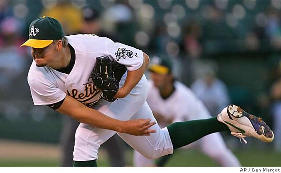 Oakland Athletics pitcher Joe Blanton works against the Toronto Blue Jays in the first inning Wednesday, April 13, 2005, in Oakland, Calif. (AP Photo/Ben Margot) Photo: BEN MARGOT