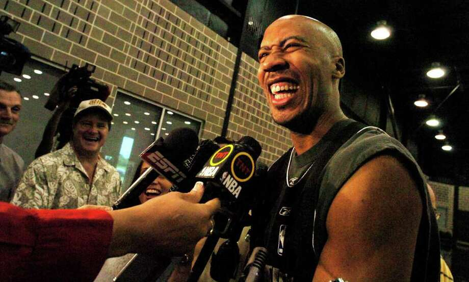 The Spurs' Bruce Bowen was in pretty high spirits considering the team's 3-0 record against the Phoenix Suns in the Western Conference Finals. Bowen was talking to the media at practice at the Spurs training facility on Sunday May 29, 2005. The Spurs will face Phoenix   tomorrow (Monday May 30) as the playoffs continue. JOHN DAVENPORT / STAFF Photo: JOHN DAVENPORT, Express-News / SAN ANTONIO EXPRESS-NEWS