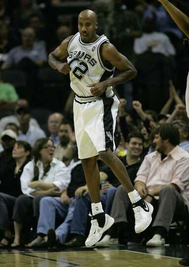 Bruce Bowen hops as he hits a three pointer in the second half Tuesday, November 13, 2007 at the AT&