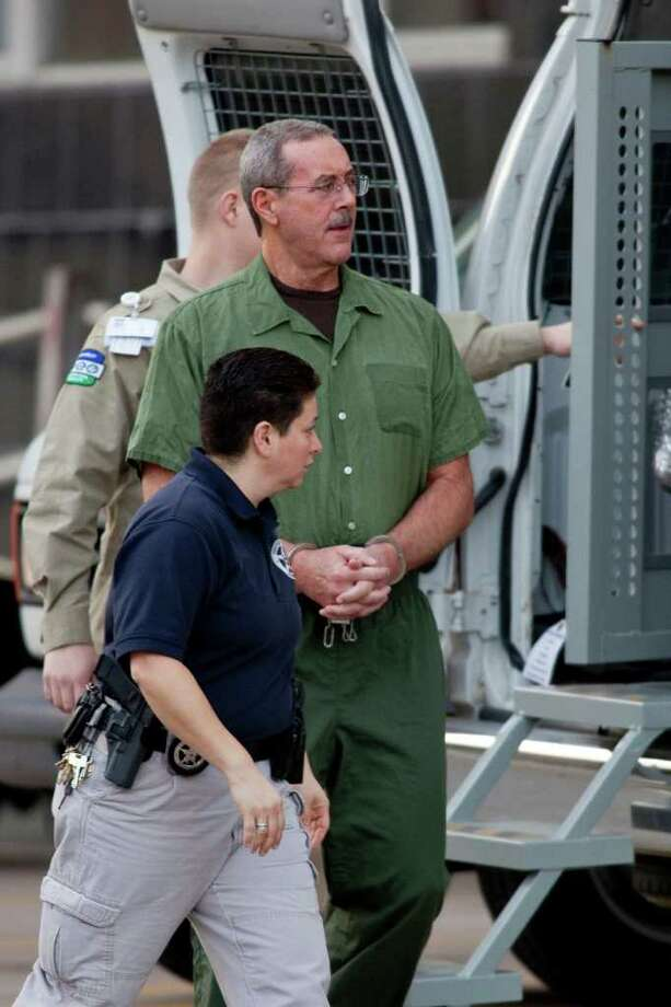 A former employee testified that R. Allen Stanford, shown arriving at court this week, told her he put the bank offshore so it could avoid U.S. taxes and rules. Photo: F. Carter Smith / © 2012 Bloomberg Finance LP