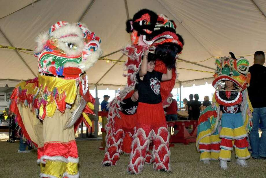 Lion Dance Association Photo: Jamie Karutz