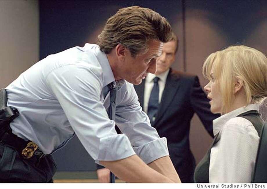 "INTERPRETER22 Nicole Kidman stars s U.N. iterpreter Silvia Broome and Sean Penn in Tobin Keller in ""The Interpreter."" CR: Phil Bray/Universal Studios"