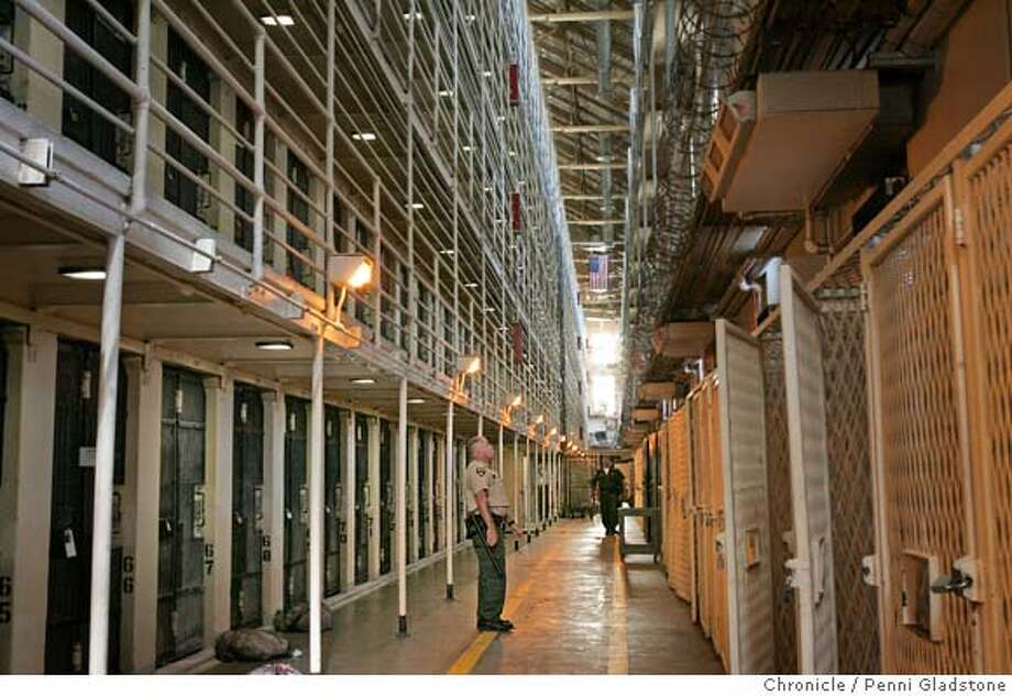 SANQUENTIN_294_pg.jpg  East Block for the condemed with officers patroling.  A tour of San Quentin prison's death row, to show how bad of shape it is in and drum up support for a new death row there. There is, of course, plenty of opposition to keeping death row on such a prime piece of real estate.  . San Quentin on 10/26/04 by Penni Gladstone  San Francisco Chronicle Photo: Penni Gladstone