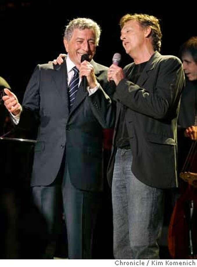BRIDGE25_244_kk.jpg  Tony Bennett (L) and Paul McCartney sing at the annual Bridge Concert at Shoreline Amphitheater.  Photo by Kim Komenich in Mountain View. Datebook#Datebook#Chronicle##ALL#Advance##0422429580 Photo: Kim Komenich