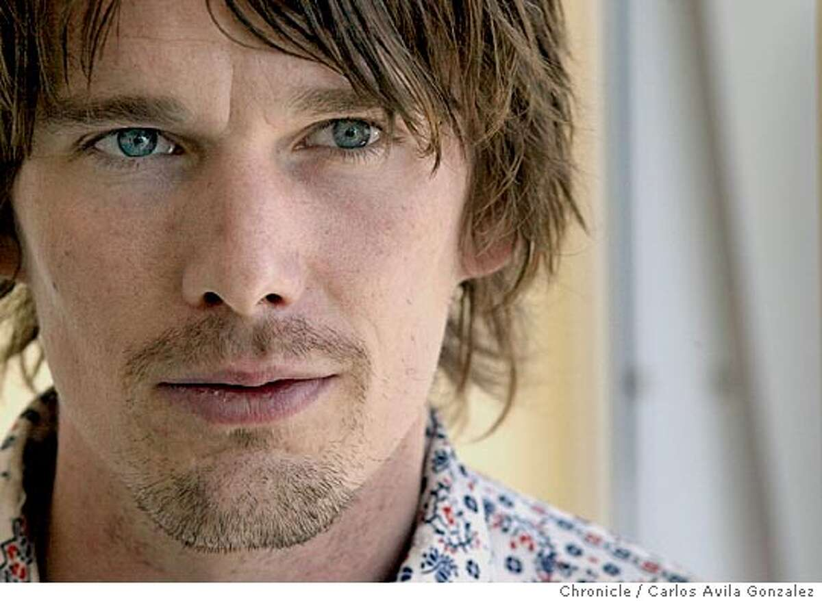 HAWKE07-C-05AUG02-DD-CG --- Actor/director/novelist, Ethan Hawke on the book tour for his latest book, Ash Wednesday, in San Francisco, Ca., on Monday, August 5, 2002. (BY CARLOS AVILA GONZALEZ/THE SAN FRANCISCO CHRONICLE)
