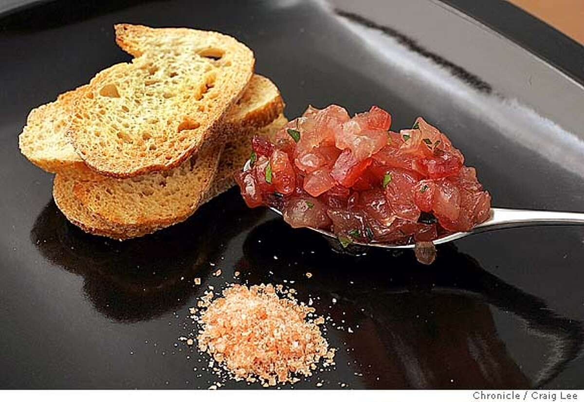 Recipe to go with story on salt. Pearls' Ahi Tuna Tartare with Hawaiian Red Salt. Food photo styled by Hillary Ball. Event on 9/25/04 in Napa. Craig Lee / The Chronicle MANDATORY CREDIT FOR PHOTOG AND SF CHRONICLE/ -MAGS OUT Food#Food#Chronicle#10/06/2004##Advance##0422372532