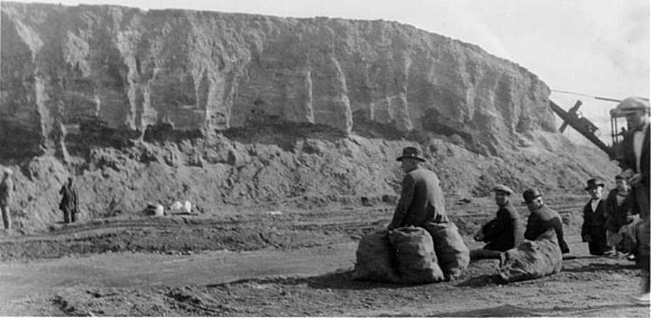 The shell mound as it appeared before it was razed in the 1920s.