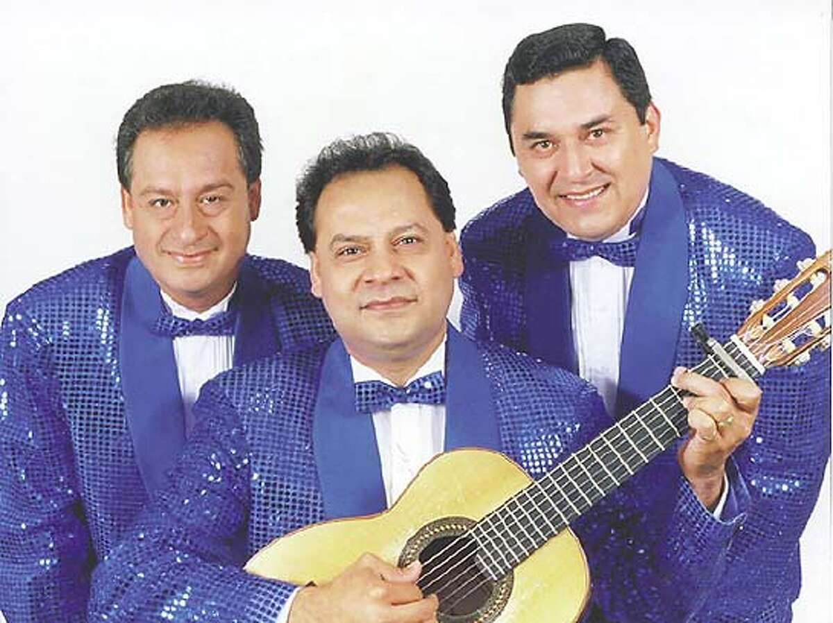 """Nightlife26-los panchos.JPG World-Renowned Mexican Bolero Trio """"LOS PANCHOS"""" Brava Theater Center Oct. 1-3 HO MANDATORY CREDIT FOR PHOTOG AND SF CHRONICLE/ -MAGS OUT Datebook#Datebook#Chronicle#9/30/2004#ALL#Advance##0422354444"""