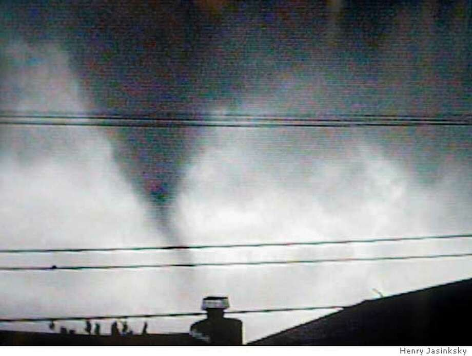 Amateur video of tornado that came through neighborhood in South San Francisco  3/20/05 Chris Hardy / San Francisco Chronicle Photo: Henry Jasinksky