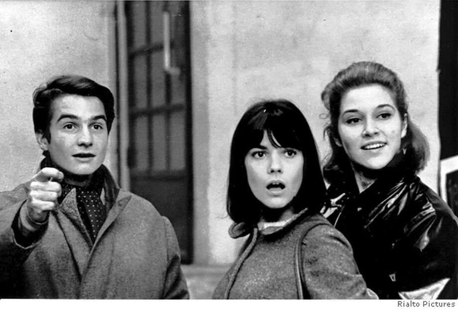 MASCULINE11 Jean Pierre Leaud, Chantal Goya and Catherine-Isabelle Duport IN Masculine Feminine. Rialto Pictures