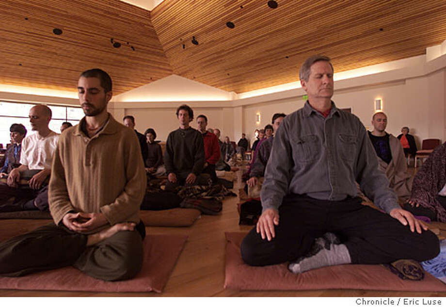 Participants meditate in the Main Meditation Hall at Spirit Rock Meditation Center in Woodacre. Chronicle photo, 2000, by Eric Luse