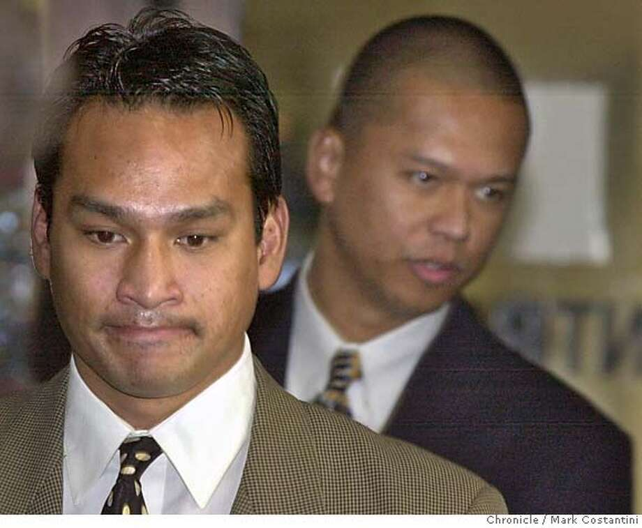 "RIDERS07a-C-06DEC00-EZ-MC. (l-r) Jude Siapno and Clarence ""Chuck"" Mabanag, two Oakland cops known as ""The Riders"" enter the Alameda County Superior Court in Oakland today. Photo by Mark Costantini/Chronicle ALSO RAN 5/31/2001, 4/29/02, 9/18/02, 02/19/03, 5/30/03, 08/31/03, 9/12/2003, 10/01/03, 10/02/03 Ran on: 11-02-2004  Jude Siapno, Matt Hornung and Clarence Mabanag (from left), all former Oakland police officers, are accused of abusing suspects and falsifying police reports. Ran on: 11-03-2004  Matt Hornung CAT w/JURY jump, a10"