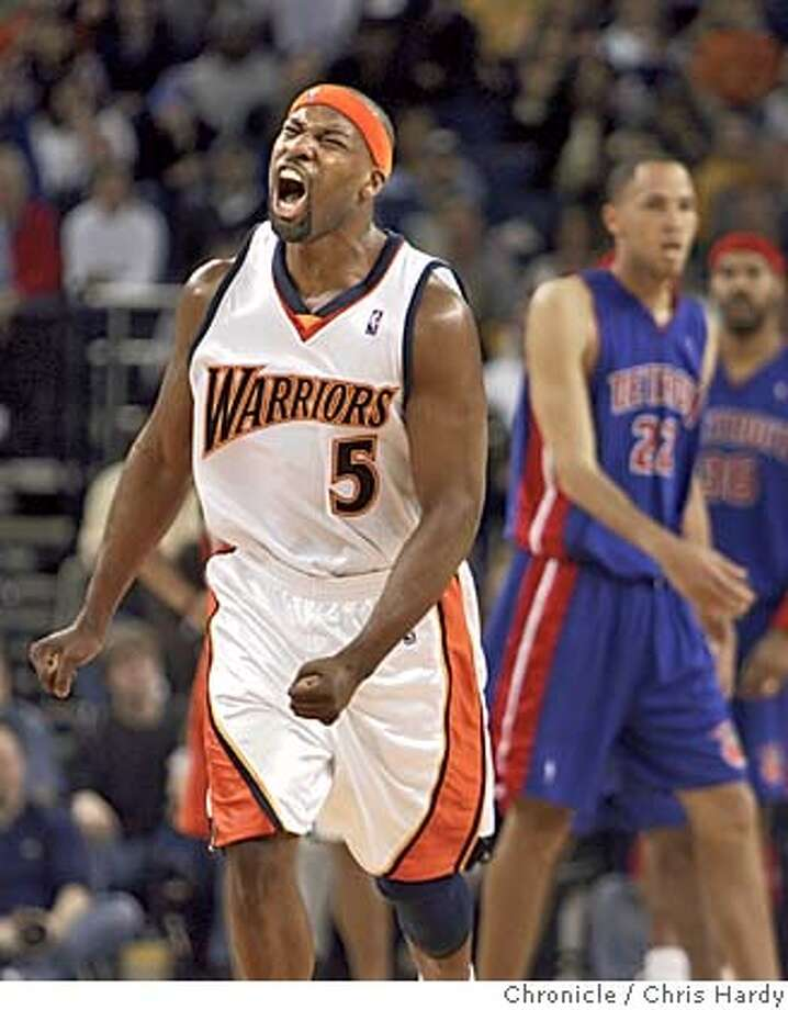 food_ch_318.jpg  Warriors Baron Davis winces as he misses rebound.  Warriors vs Detroit Pistons basketball  in Oakland  2/27/05 Chris Hardy / San Francisco Chronicle Photo: Chris Hardy