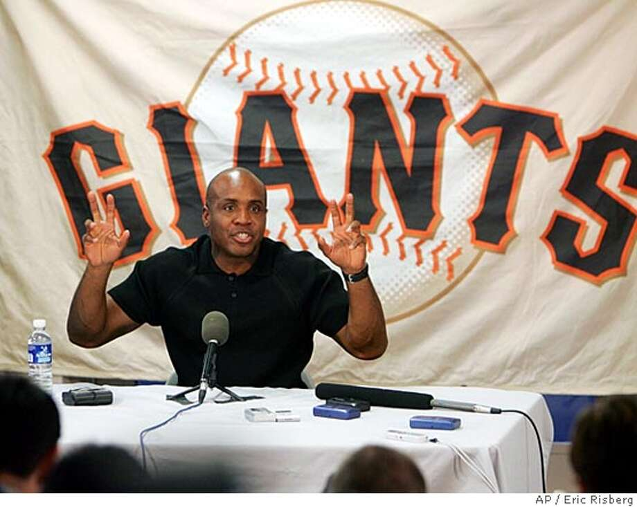 San Francisco Giants' Barry Bonds gestures while answering questions at a news conference at Scottsdale Stadium in Scottsdale, Ariz., Tuesday Feb. 22, 2005.(AP Photo/Eric Risberg) Photo: ERIC RISBERG