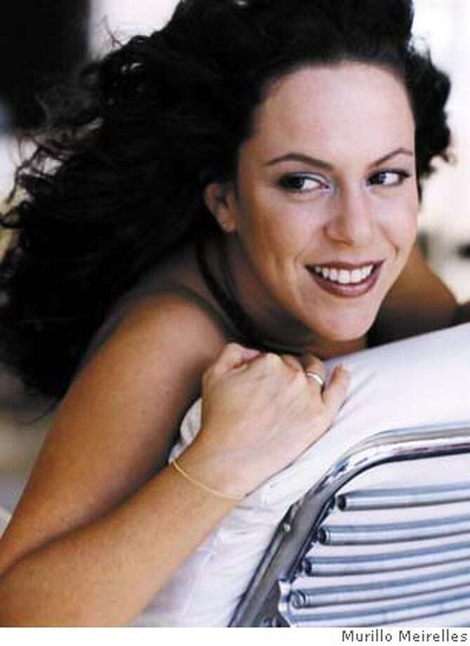 Bebel Gilberto attached. Photo credit goes to Murillo Meirelles. CAT