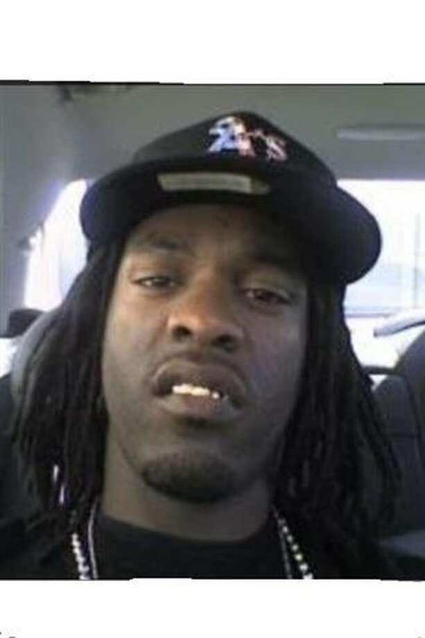 Remon McDaniel, wanted in the Jan. 4, 2012, slaying in Oakland of Isaac White. Photo: Henry K. Lee, Oakland Police