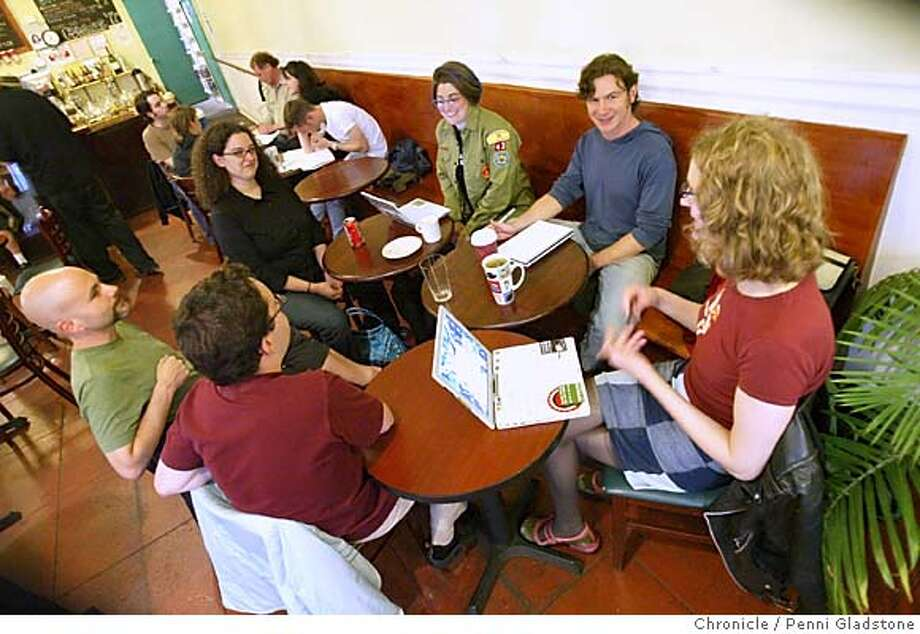 Other magazine members meet at Maxfields. 8/23/04 in San Francisco.  Penni Gladstone / The Chronicle Photo: Penni Gladstone
