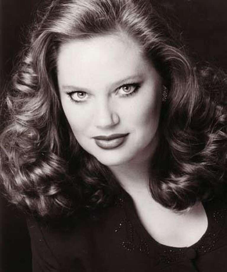 Photo of Dana Beth Miller. Soprano
