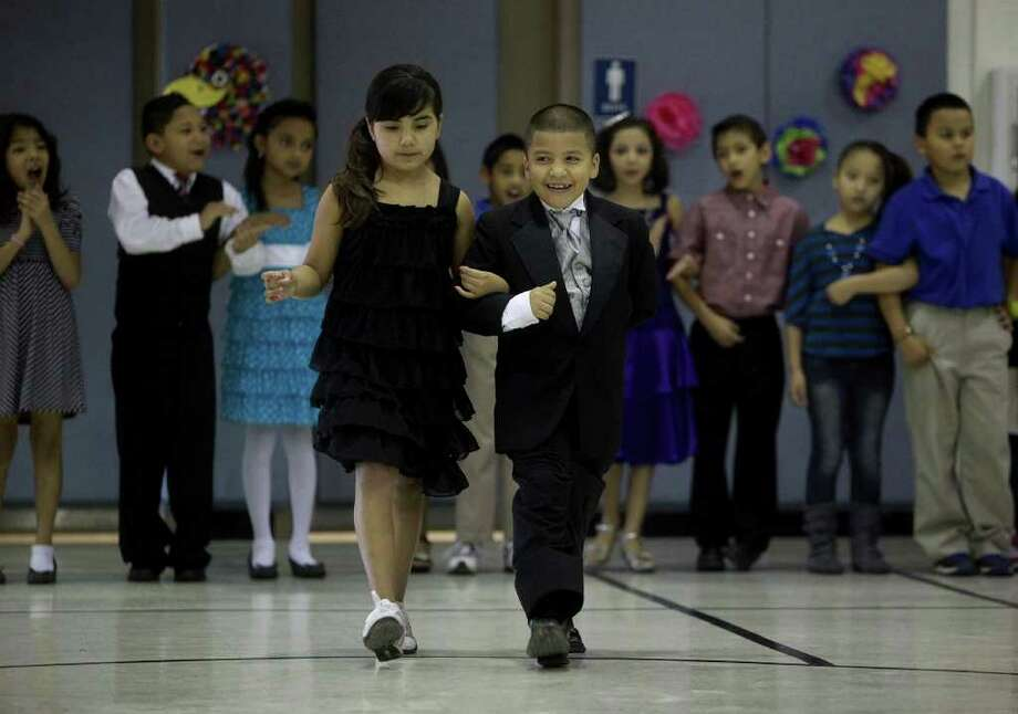 Never Too Young To Cut A Rug San Antonio Express News