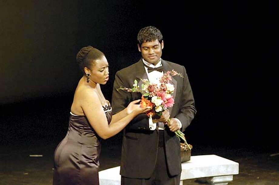 lively25.JPG L�amico Fritz duet �Suzel, buon d�� (Kimwana Doner and Sean Panikkar). HANDOUT