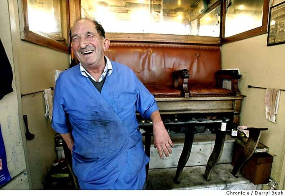 Joe Azzolini shines shoe's at hi shoe shine stand on Geary near ACT Theater. 8/13/04 in San Francisco  Darryl Bush / The Chronicle Photo: Darryl Bush