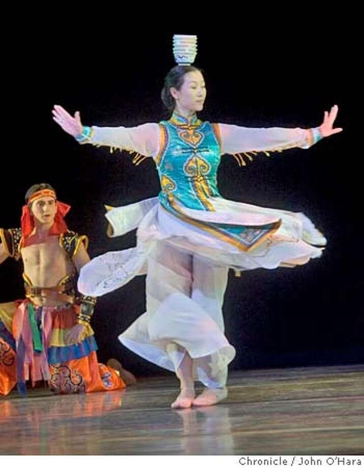 "SJBALLET_038_OHARA.CR2  San Jose Center for the Performing Arts. 255 Almaden, San Jose,CA.  ""Middle Kingdom Ancient China""  scene5,Jinmei Li  photo/John O'Hara Photo: John O'Hara"
