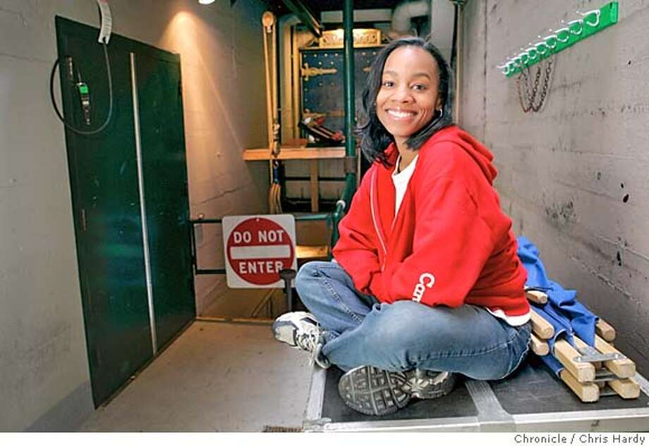 011305_anika_ch_004.jpg  Anika Noni Rose plays teenage daughter in musical, CAROLINE, OR CHANGE. in San Francisco,CA on1/13/05  San Francisco Chronicle/Chris Hardy MANDATORY CREDIT FOR PHOTOG AND SF CHRONICLE/ -MAGS OUT Photo: Chris Hardy