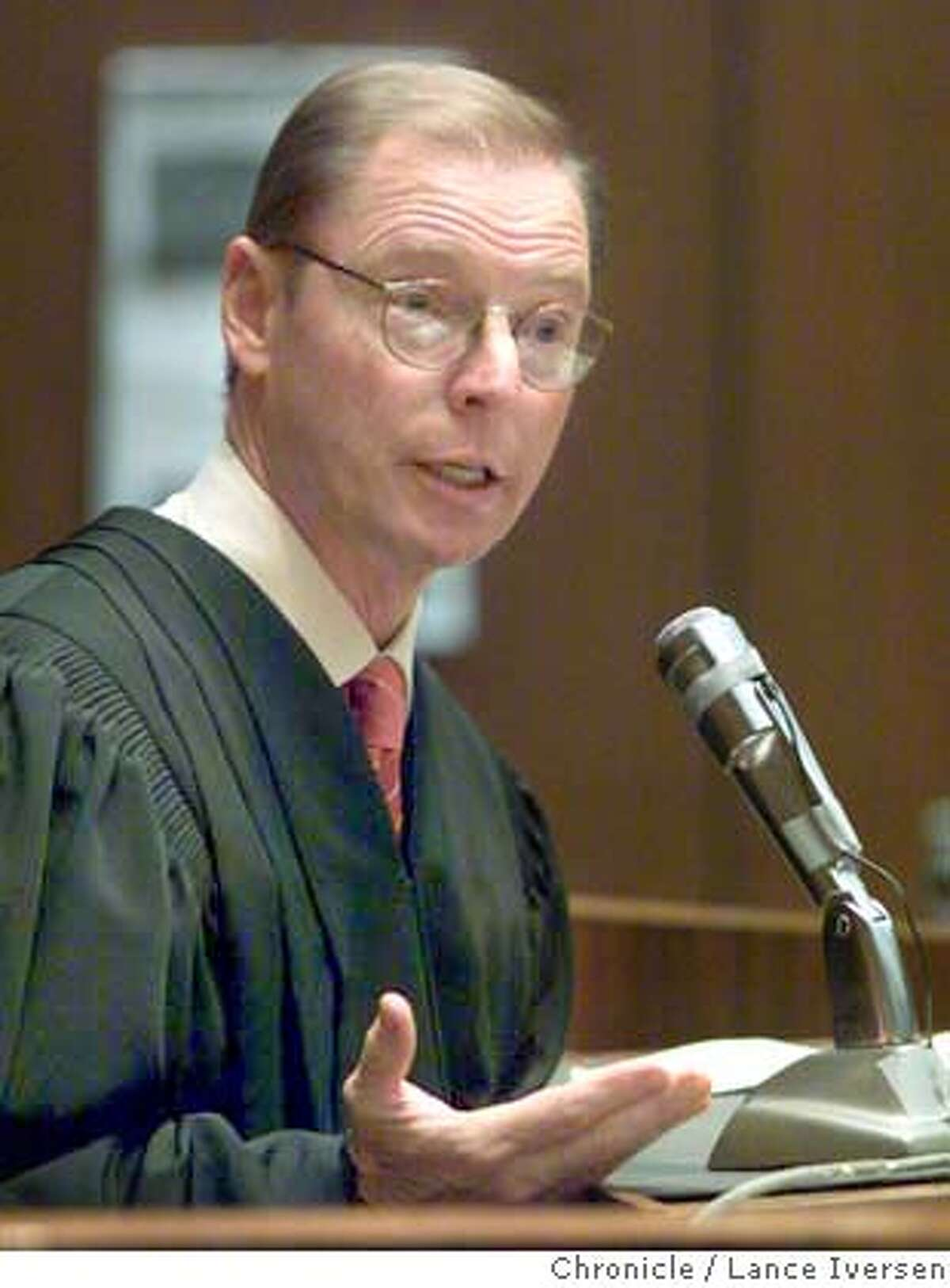 Superior Court Judge James Warren addresses the jury prior to its delivery of the verdicts in the San Francisco dog mauling trial in a courtroom in Los Angeles, Thursday, March 21, 2002. Two San Francisco attorneys, Marjorie Knoller and Robert Noel, were convicted on all five counts including a second-degree murder charge against Knoller, in the death of 33-year-old Diane Whipple. (AP Photo/Lance Iversen, Pool) ALSO RAN 04/10/02, 9/16/02 CAT DIGITAL IMAGE. POOL PHOTO