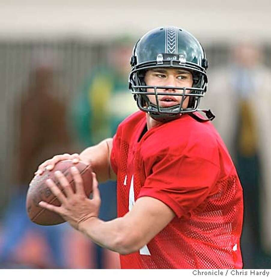 Practice for the East-West Shrine Game, Harvard QB Ryan Fitzpatrick,and Hawaii QB Timmy Chang . in San Francisco,CA on1/10/05  San Francisco Chronicle/Chris Hardy Photo: Chris Hardy