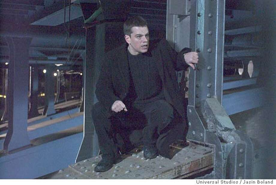 Bourne23 MATT DAMON as Jason Bourne in the espionage thriller, The Bourne Supremacy. Credit: Jasin Boland �2004 Universal Studios. All Rights Reserved.