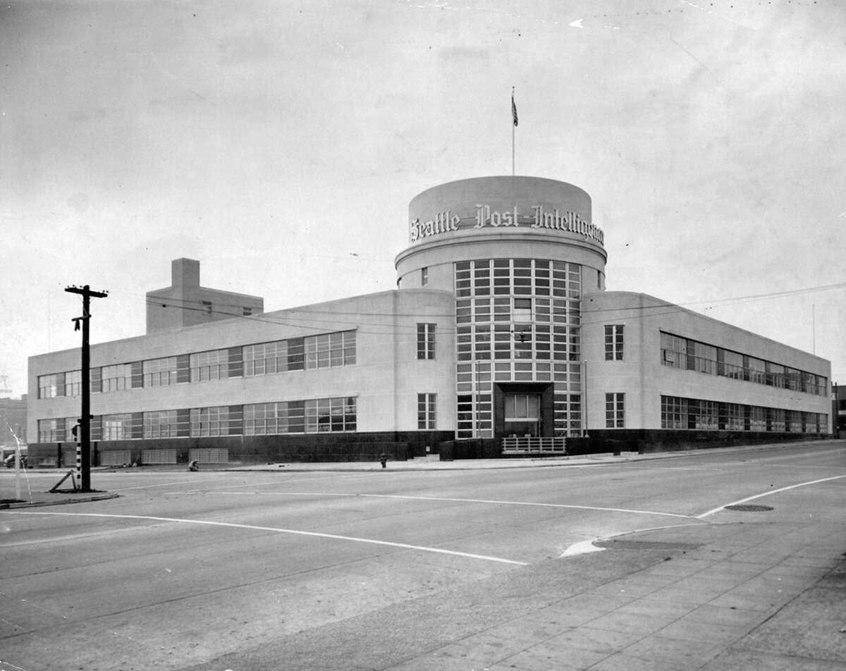 The Sixth and Wall building in 1948 before the P-I globe was installed.