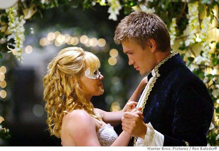 "Hillary Duff and Chad Michael Murray in Warner Bros. Pictures' romantic comedy, ""A Cinderella Story."" (AP Warner Bros. Pictures / Ron Batzdorff) Photo: RON BATZDORFF"