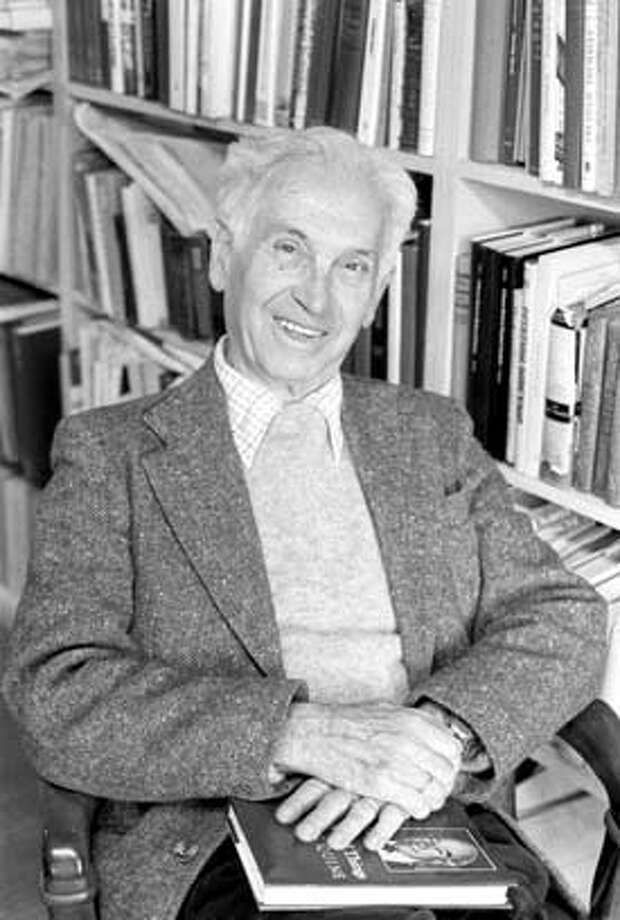 "Ernst Mayr, the eminent scientist, calls himself ""the last survivor of the golden age of the (neo-Darwinian) Evolutionary Synthesis."""