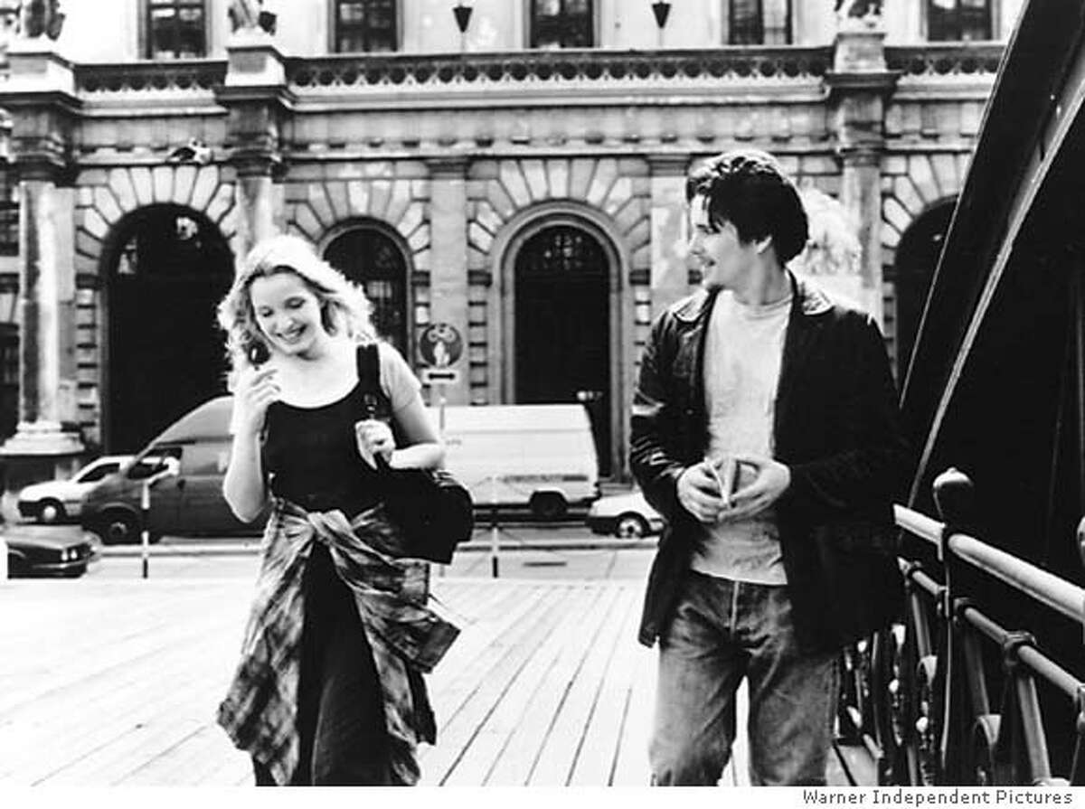 Julia Delpy and Ethan Hawke in BEFORE SUNRISE
