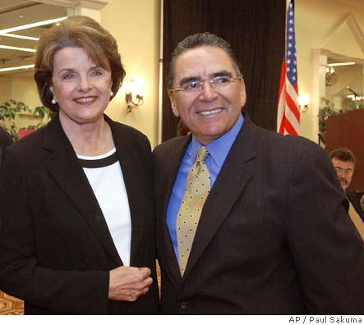 U.S. Sen. Dianne Feinstein, D-Calif., left, smiles with San Jose Mayor Ron Gonzales, right, during a meeting with Silicon Valley business leaders in San Jose, Calif., Wednesday, April 14, 2004 to discuss the flagging local economy, offshore outsourcing of jobs, tax issues and Internet access programs affecting the technology industry. Feinstein also talked about the latest developments in Iraq, the Sept. 11 Commission hearings and the growing federal deficit. (AP Photo/Paul Sakuma) San Jose Mayor Ron Gonzales is urging Washington to keep the BART project on track. Sen. Dianne Feinstein says only $30 million is expected to be spent to remove trees killed by bark beetles, though Congress has approved $120 million. Sen. Dianne Feinstein helped organize the bipartisan call by senators, which mirrors a letter sent by House members in April. Sen. Dianne Feinstein helped organize the bipartisan call by senators, which mirrors a letter sent by House members in April. Nation#MainNews#Chronicle#6/8/2004#ALL#5star##0421718306