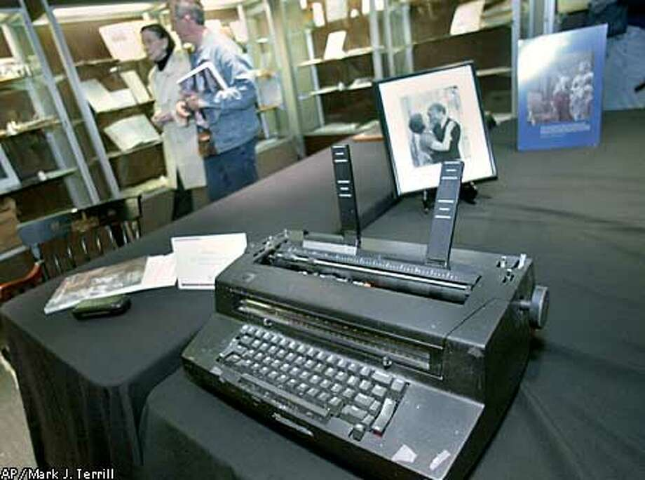 In a room filled with letters and pictures of Ann Landers, her IBM typewriter stood apart. It would be auctioned off at Butterfield and Butterfield in SF Sunday. By Brant Ward/Chronicle Photo: BRANT WARD