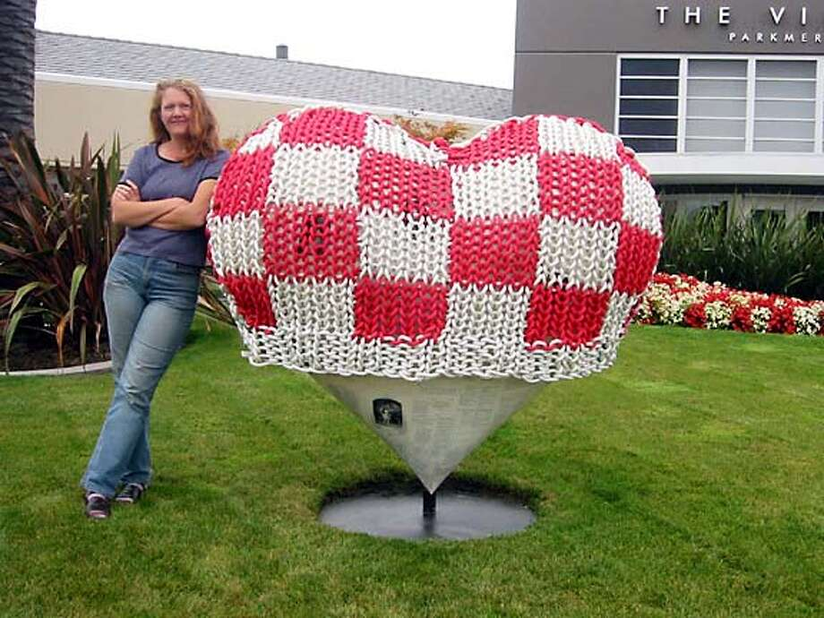 HEARTS17.JPG Artist Adele Louise Shaw with her heart sculpture. HO MANDATORY CREDIT FOR PHOTOG AND SF CHRONICLE/ -MAGS OUT Datebook#Datebook#SundayDateBook#10-17-2004#ALL#Advance##0422379671
