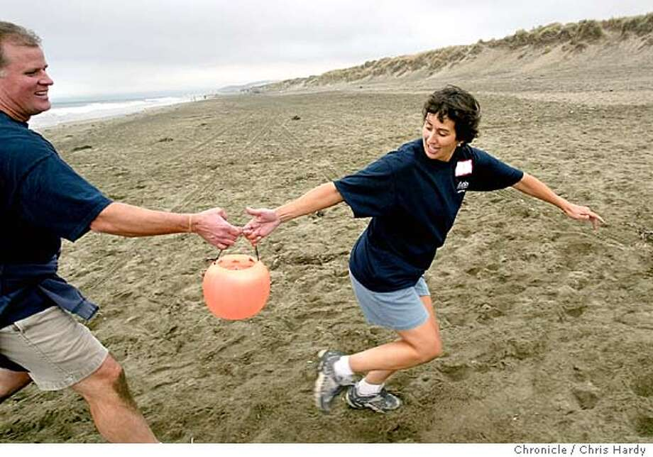 """As a fund-raiser, the San Carlos School District collected about $10,000 to put on an """"Amazing Race"""" type of contest for 42 people. There will be 7 6-member teams. Event on 10/3/04 in San Francisco.  Chris Hardy / San Francisco Chronicle Photo: Chris Hardy"""