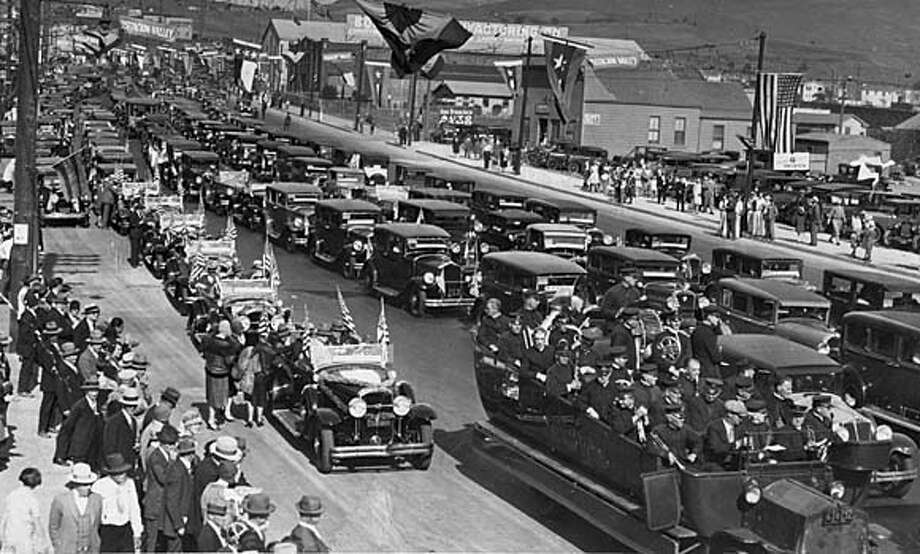 Cars line up for the opening of the Bayshore Highway in 1929.