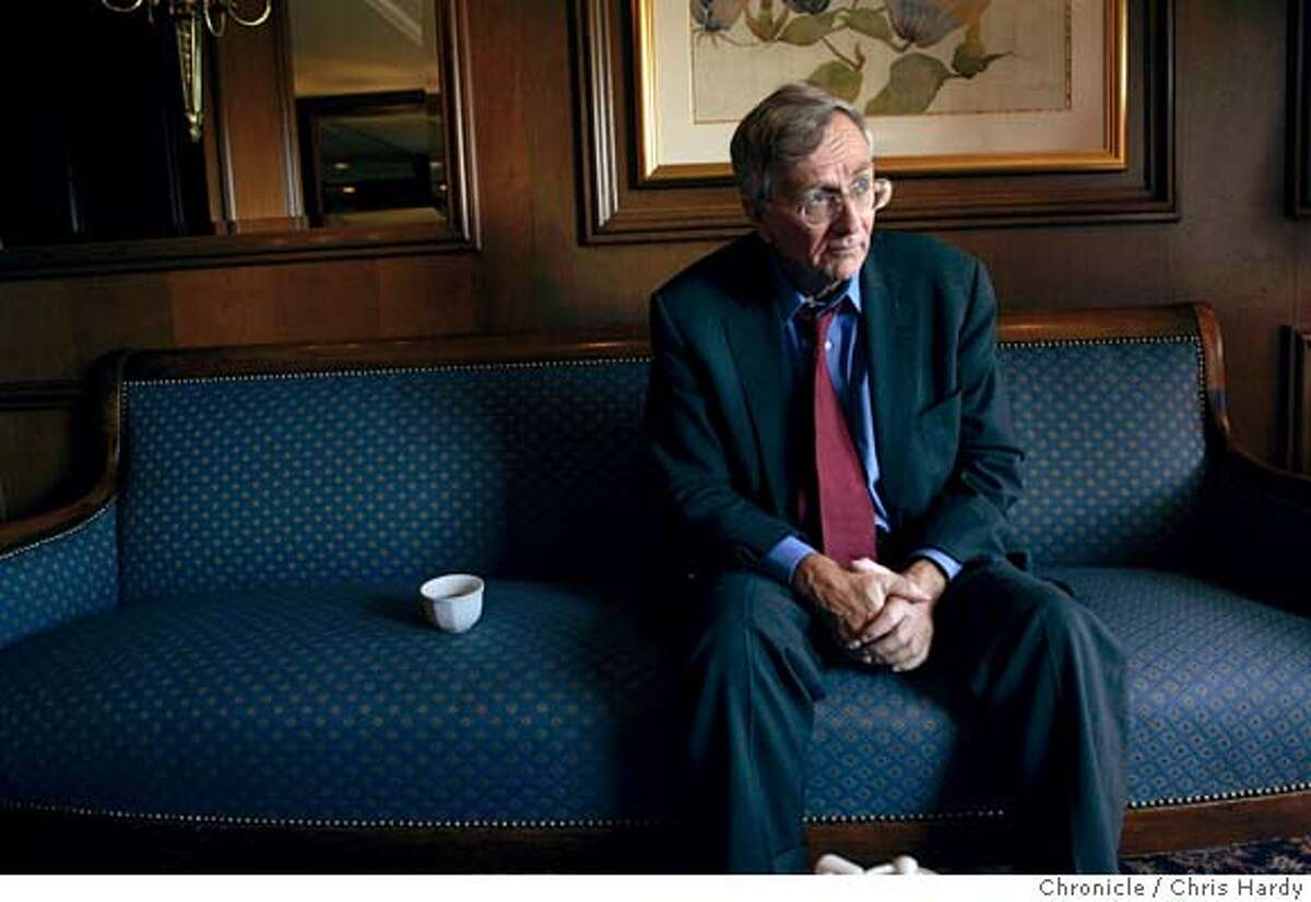 100504_hersh14_44.jpg Investigative reporter Seymour Hersh, who has written a book at San Francisco,CA on 10/5/04 San Francisco Chronicle/Chris Hardy MANDATORY CREDIT FOR PHOTOG AND SF CHRONICLE/ -MAGS OUT Datebook#Datebook#Chronicle#10/14/2004#ALL#Advance##0422397146