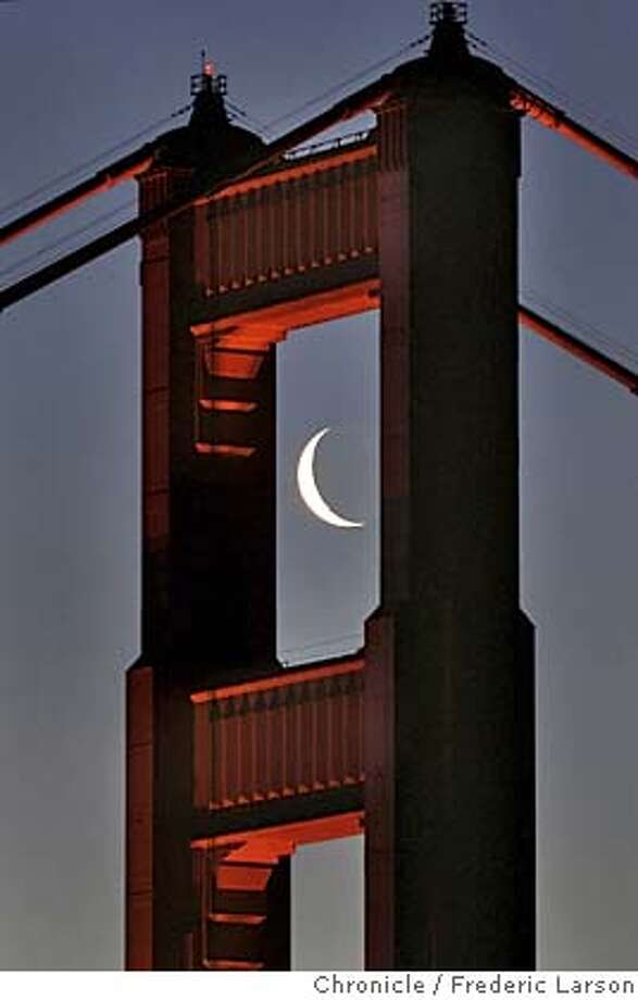 CRESENTMOONGGBRIDGE_006a_fl.jpg The Golden Gate Bridge south tower framed the morning crescent shaped moon perfectly as viewed from the Marin headlands of Sausalito. 4/5/05 San Francisco CA Frederic Larson The San Francisco Chronicle Photo: Frederic Larson