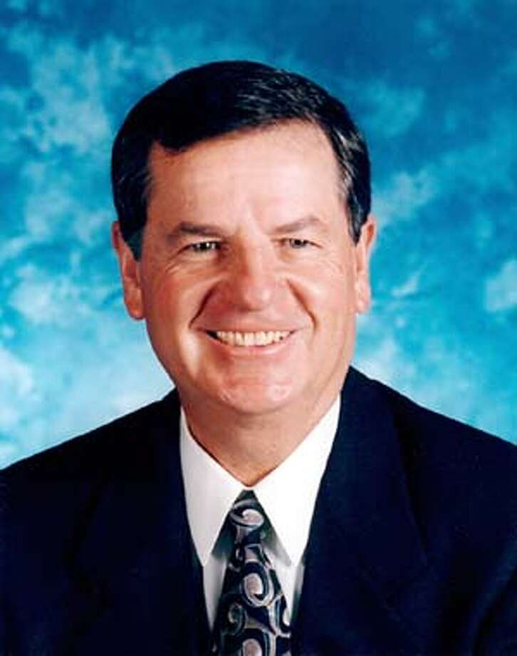 John C. Browne, director of Los Alamos National Laboratory is resigning from his position.  HANDOUT PHOTO Photo: LOS ALAMOS NATIONAL LAB