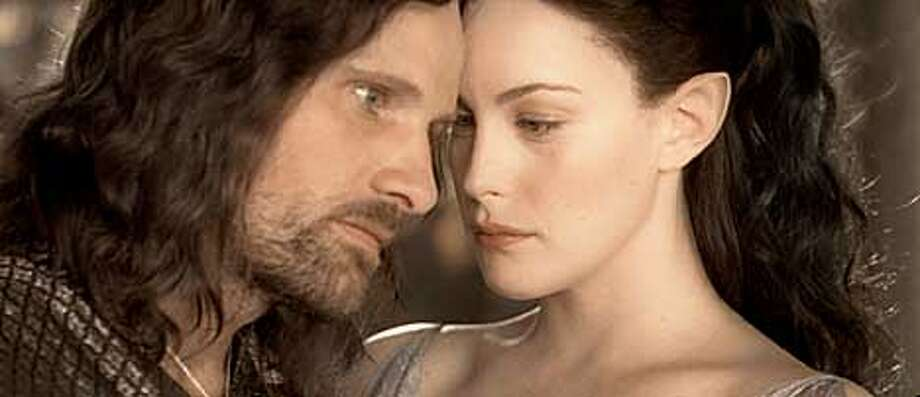 LORD18B-C-19DEC02-DD-HO Arwen (Liv Tyler) assures Aragorn (Viggo Mortensen) of his destiny as leader of men in the central film of New Line Cinema's epic-adventure trilogy, The Lord of the Rings: The Two Towers. Photo: New Line Productions (c) 2002