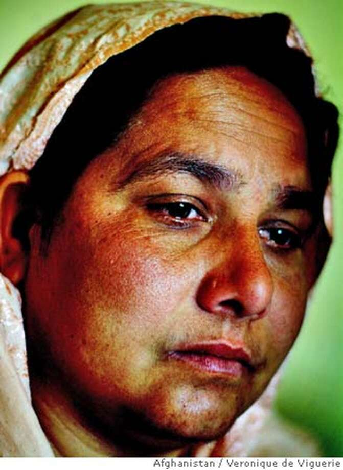 Afghan woman who is a serial killer. Shirin Gul has confessed to the murder of 27 afghan men. She is being hold in Pul-i-Charki prison, in Kabul, Afghanistan. Prosecutors have asked for the death sentence. Pictures by Veronique de Viguerie/ Afghanistan Photo: Veronique De Viguerie