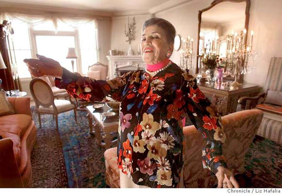 Licia Albanese, 93 years old, is one of the last great divas of the mid 20th century.  San Francisco on 9/22/04 by LIZ HAFALIA Datebook#Datebook#Chronicle#10/4/2004#ALL#Advance##0422371091 Photo: LIZ HAFALIA